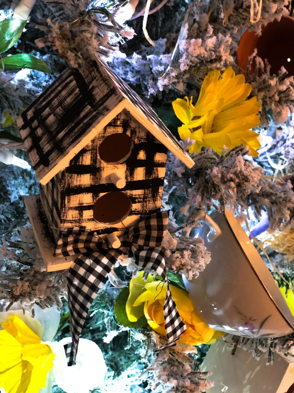 Mother's Day Tree Birdhouse and Teacup