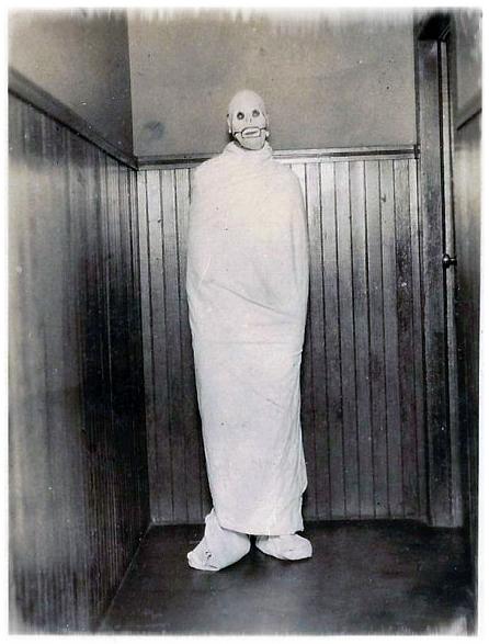 Creepy Halloween 1
