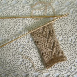 eyelet twigs sampler