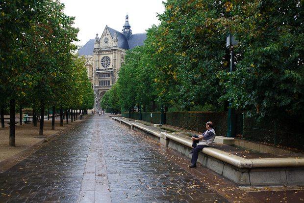 Patiently Waiting. Paris, 2009