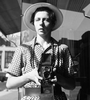 Vivian Maier – The Unknown Master Street Photographer