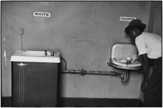 Elliott_Erwitt_USA_North_Carolina_1950_03