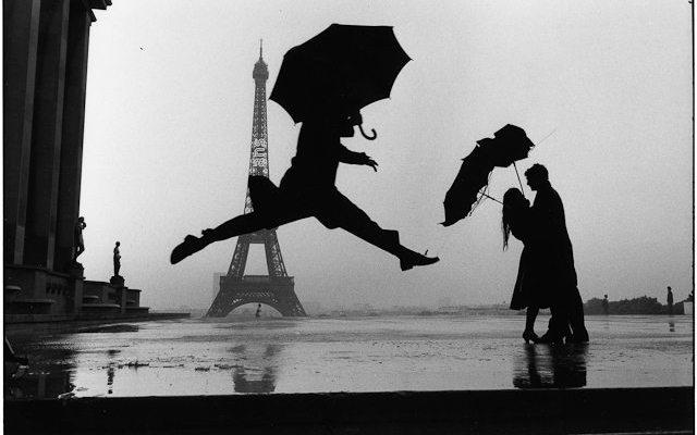 Elliott Erwitt, Paris, 1989 Tour Eiffel