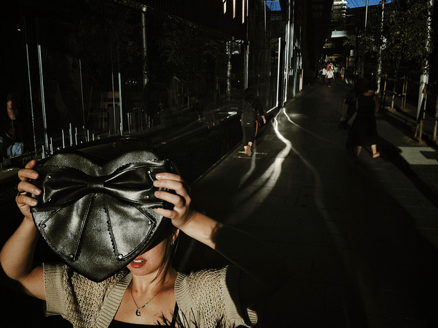 Interview with Oliver Lang, Street Photographer & Co-founder of the Mobile Photo Group (MPG)