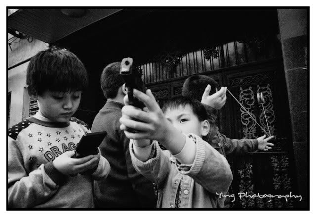 Shooting Street Photography In The East vs West: An Interview with Ying Tang From Shanghai/Cologne