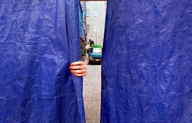 Interview with Street Photographer Trevor Marczylo in Seoul, Korea