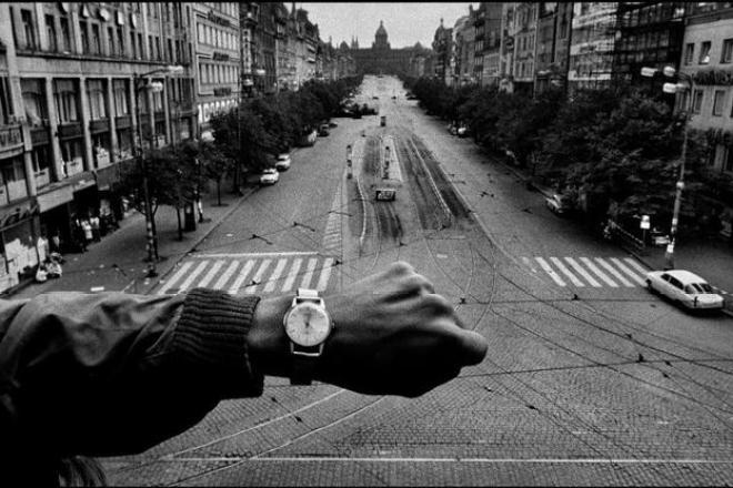 CZECHOSLOVAKIA. Prague. 1968. © Josef Koudelka / Magnum Photos