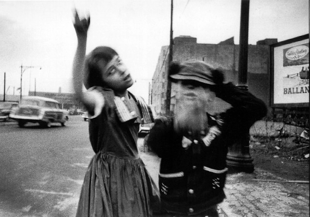 William Klein / Dancing kids.