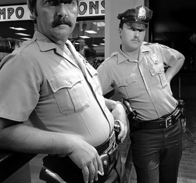 """""""Mall Series"""": Documenting the Daily Life of People at a Mall in 1984 by Stephen DiRado"""