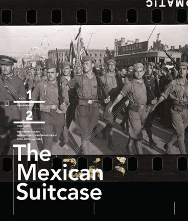 1x1.trans 5 Insights The Mexican Suitcase Has Taught Me About Street Photography
