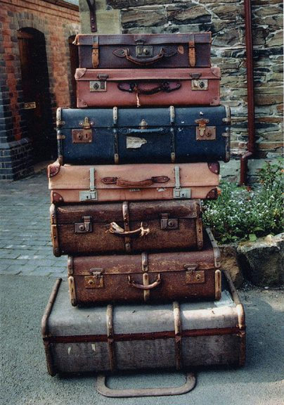 Carrying too much luggage with you when you travel is the worst feeling in the world