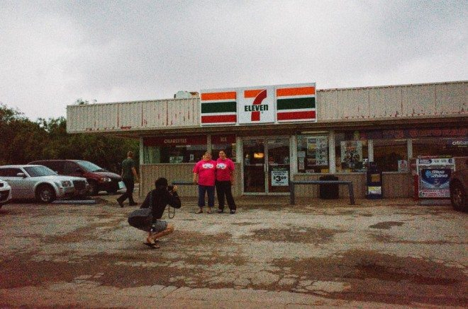 Taking a portrait of two ladies I met in Arizona at a 7-11 (both schoolteachers). Photo by Cindy Nguyen