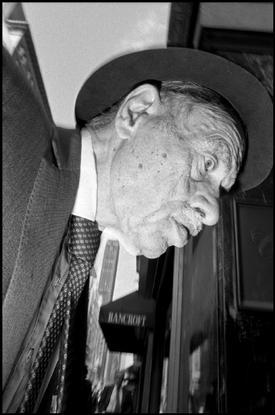 Bruce Gilden / Magnum Photos. USA. New York City. 1995.