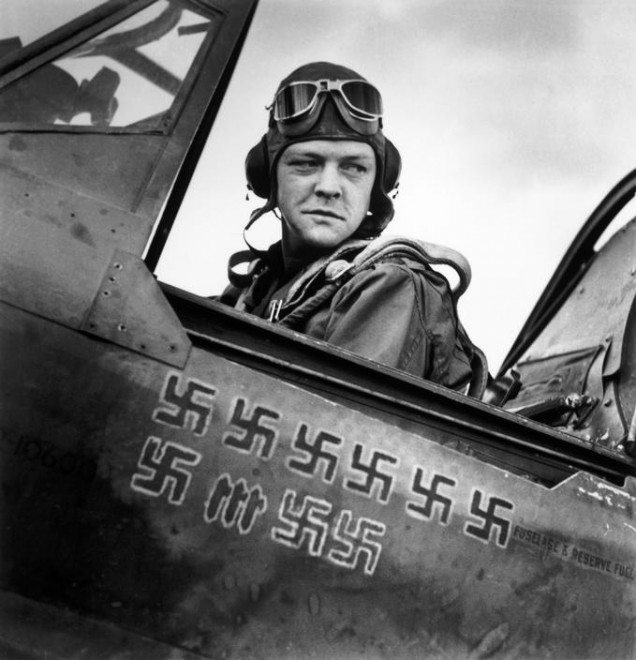 TUNISIA. April, 1943. American pilot.
