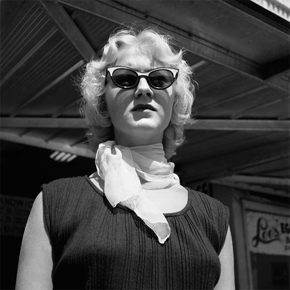 vivian-maier-woman-glasses
