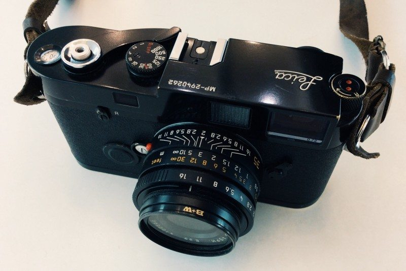 A Guide on How to Shoot Street Photography on a Film Leica (or