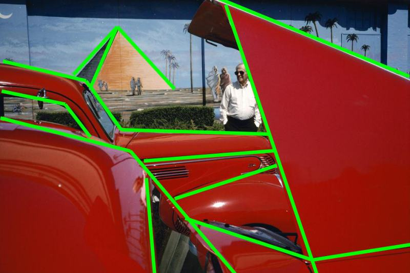 The strong diagonal composition of the image outlined in green