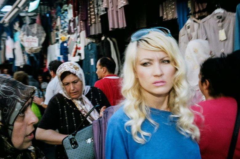 eric-kim-street-photography-color-chroma-4