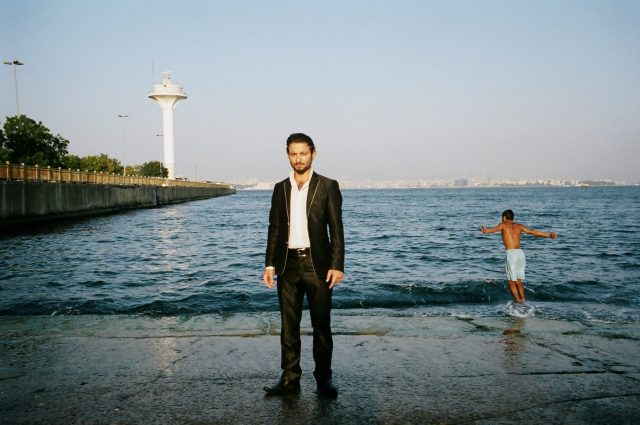 istanbul - water - eric kim - street photography - diving