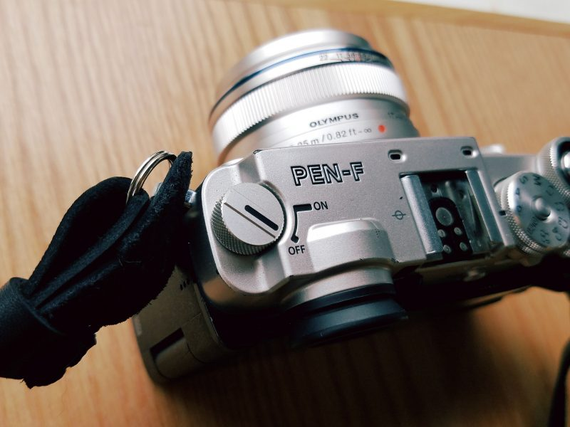 Olympus Pen-F on/off switch