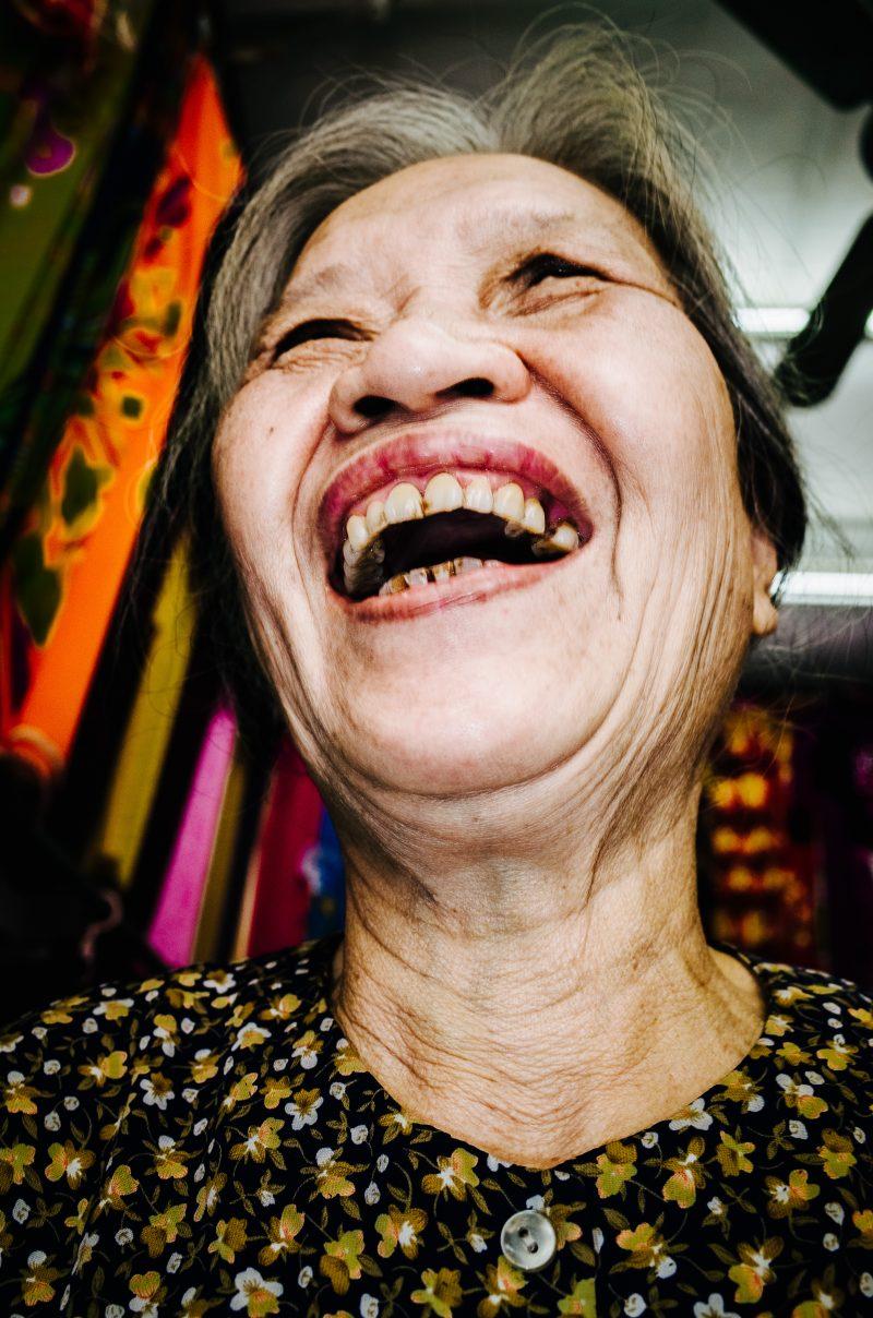 20170130-E0004960eric-kim-photography-laughing lady hanoi