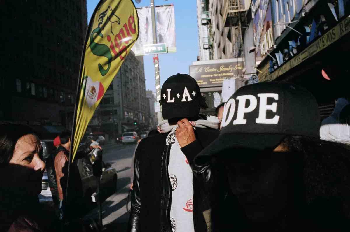 eric kim the americans depth downtown la portra 400 film leica mp 35mm
