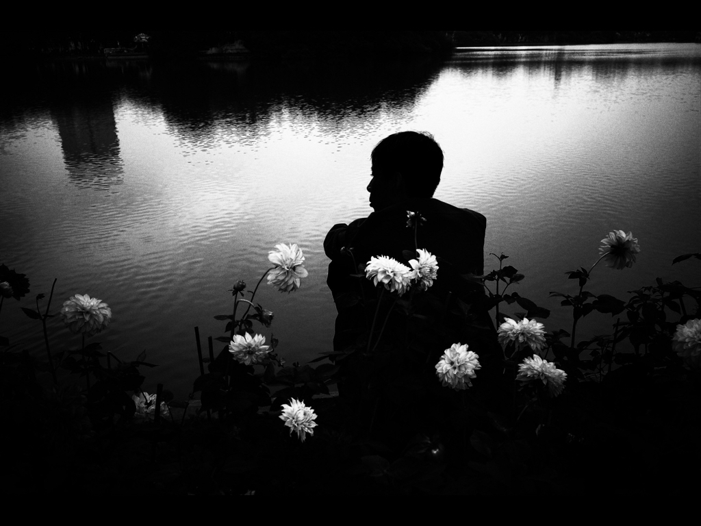 eric kim hanoi lake street photography
