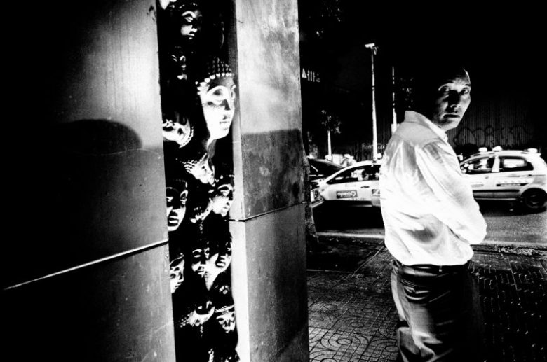 eric kim photography black and white hanoi-0009600