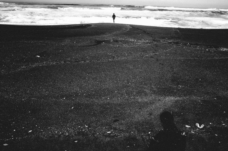 eric kim photography beach self portrait water