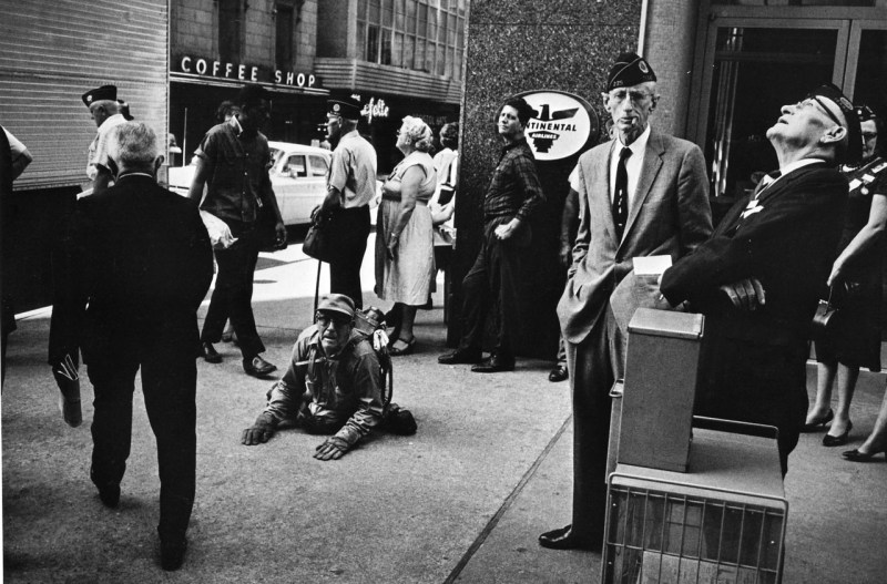 garry winogrand legless