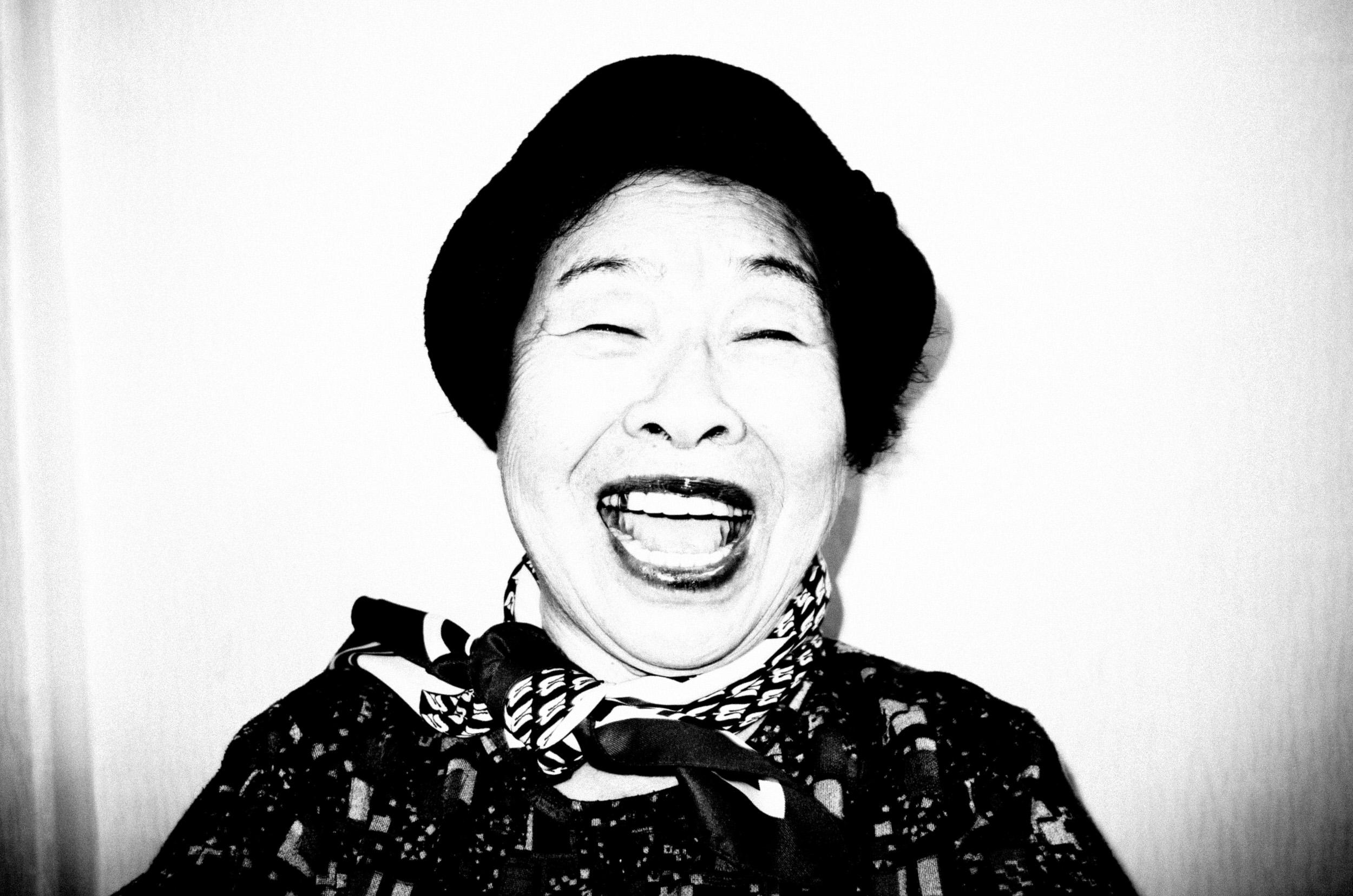 halmunee-grandma-eric kim photography seoul-0003562-2.jpg