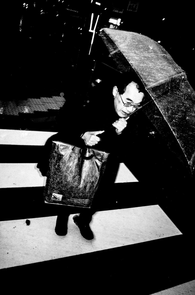 eric kim dark skies over tokyo street photography black and white 4