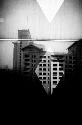 eric kim street photography black and white hanoi-0008803