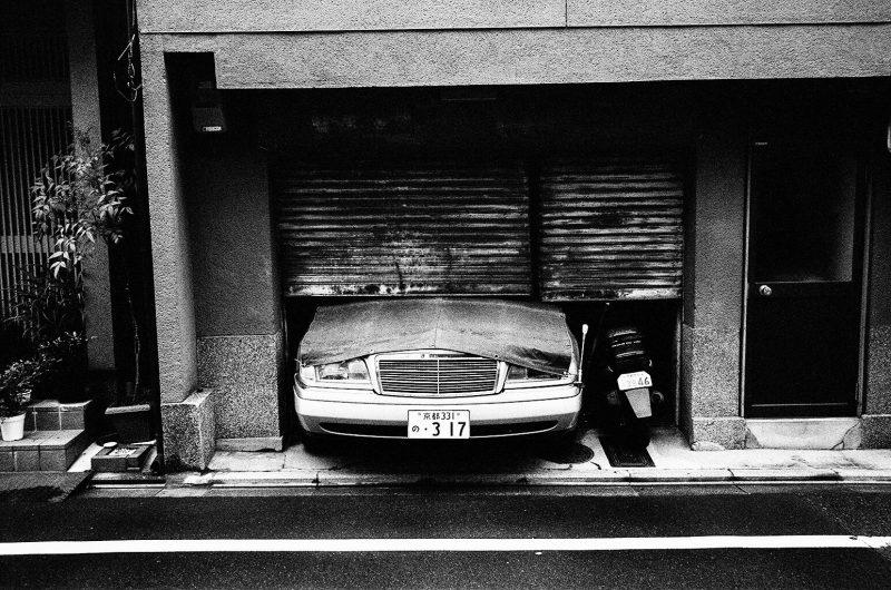 Kyoto old school car.