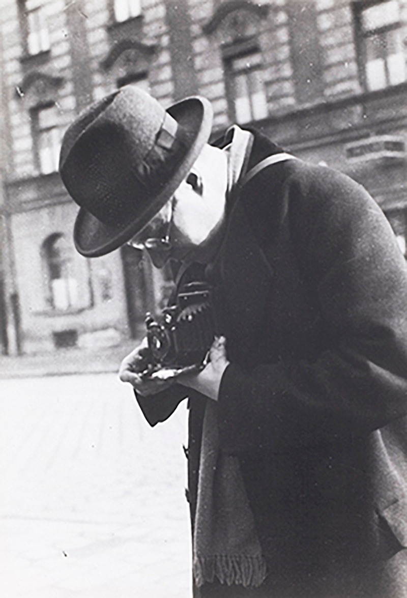 Laszlo shooting the streets of Berlin.
