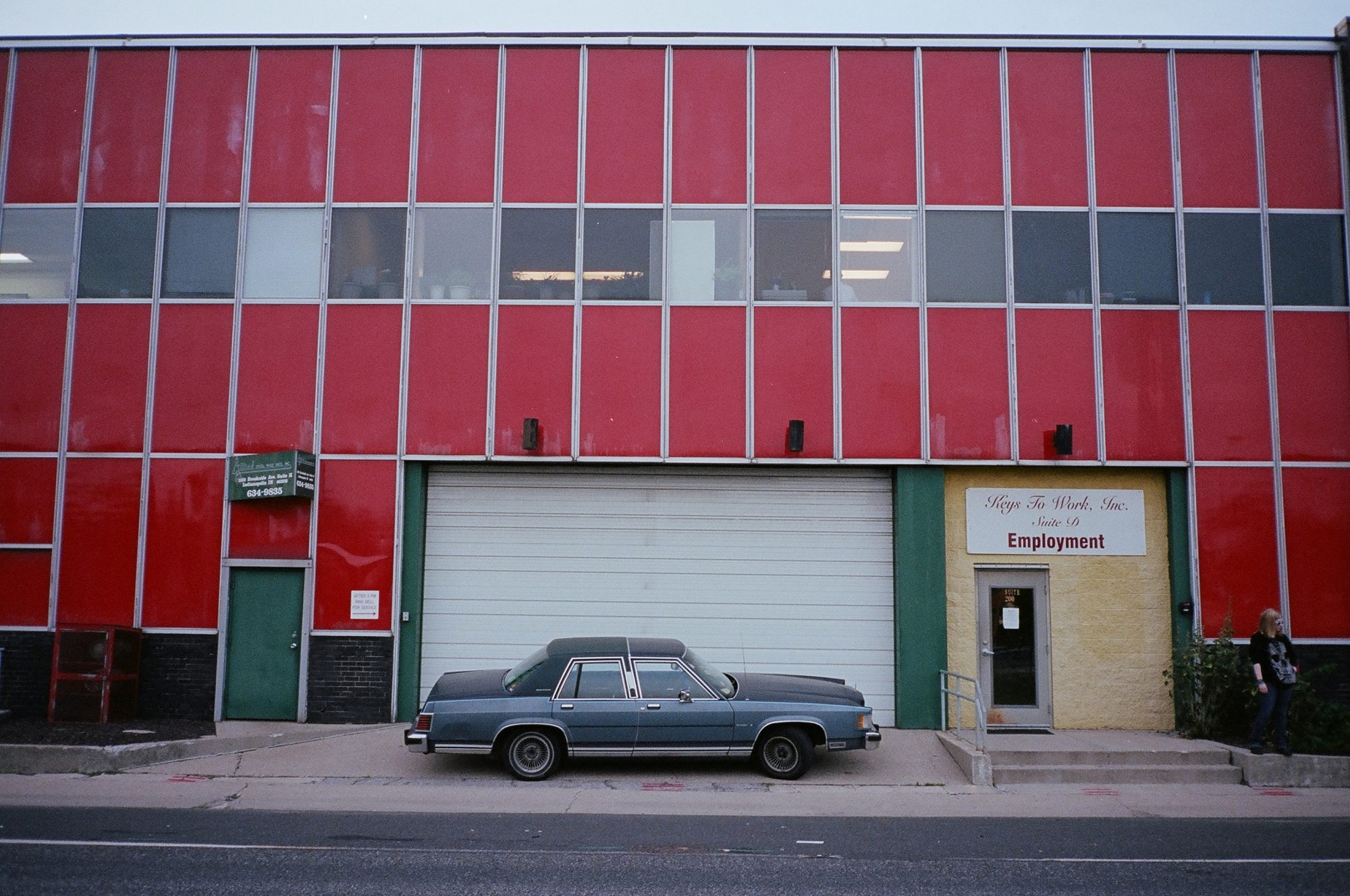 Blue car, red wall. Indianapolis, 2013