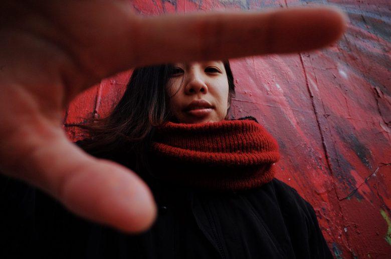 cindy with hand over face. Lisbon, 2018