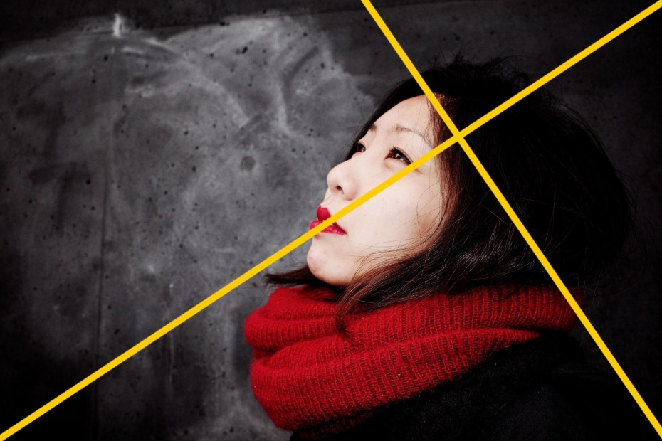 Golden Triangle Composition in Yellow x Cindy