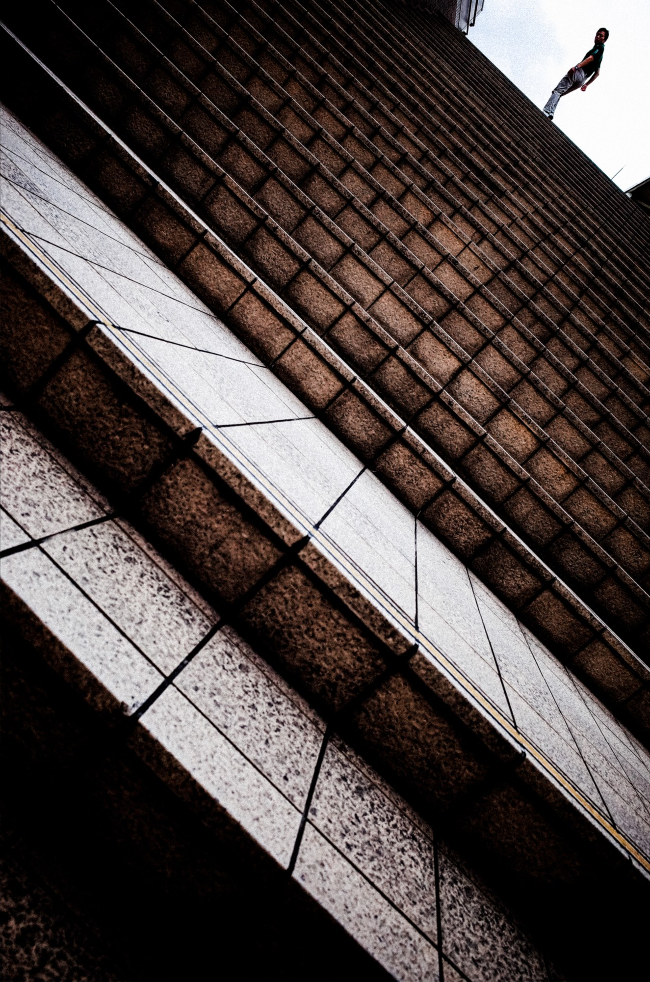 Dutch angle. Diagonal tilt. Tokyo, 2018