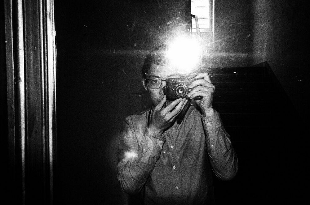 Leica flash selfie