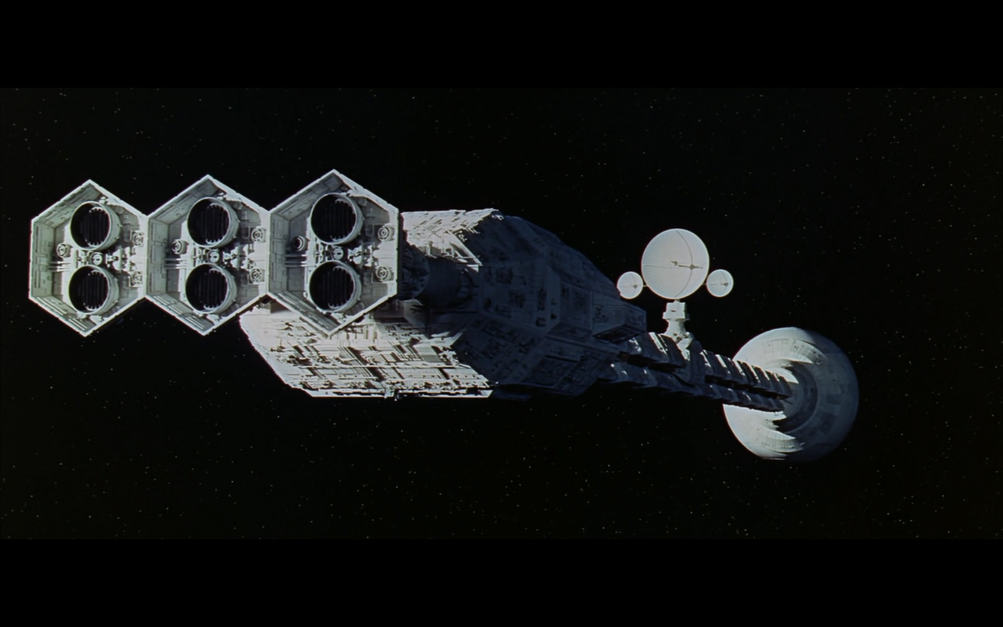 2001 Space Odyssey Cinematography-269