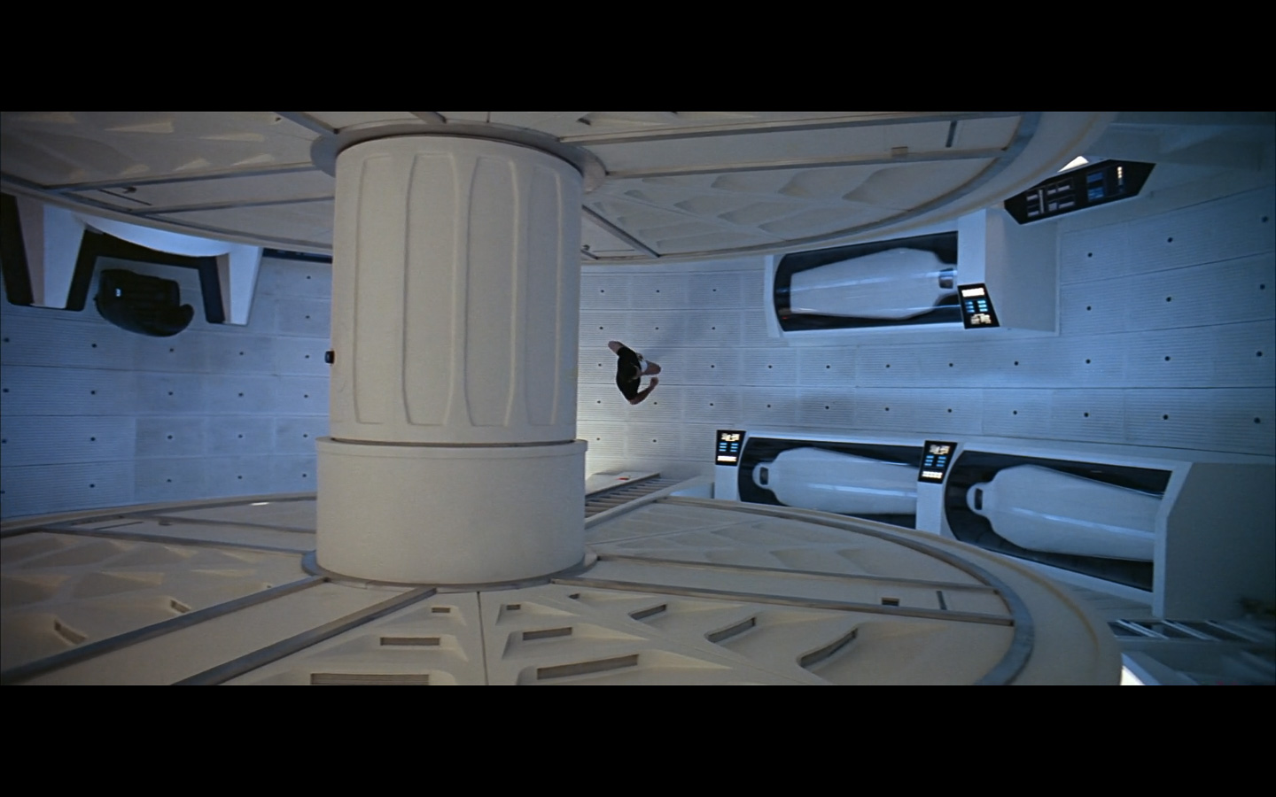 2001 Space Odyssey Cinematography-280