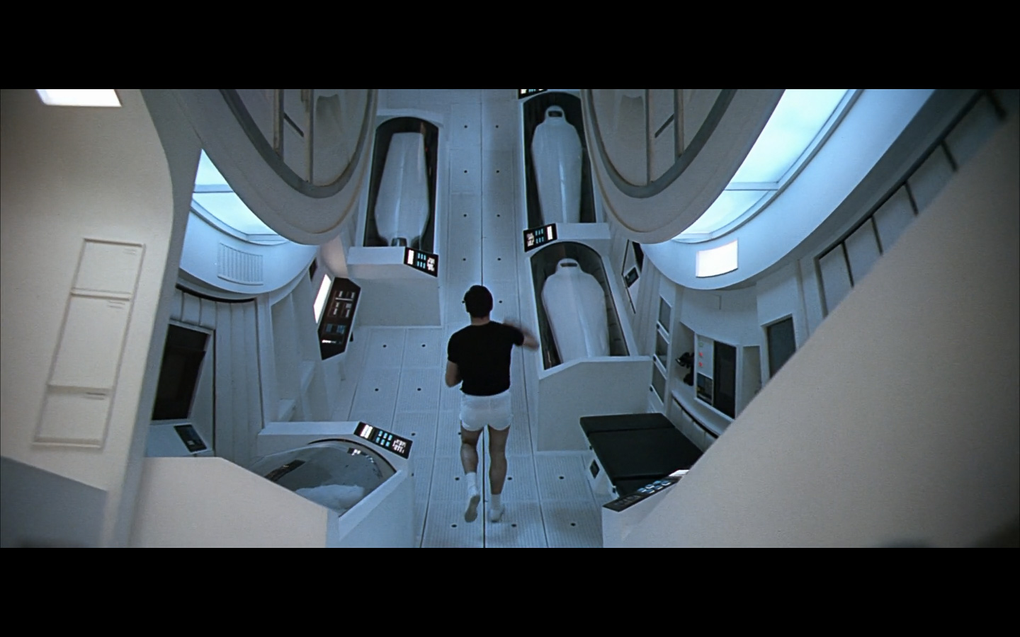 2001 Space Odyssey Cinematography-284