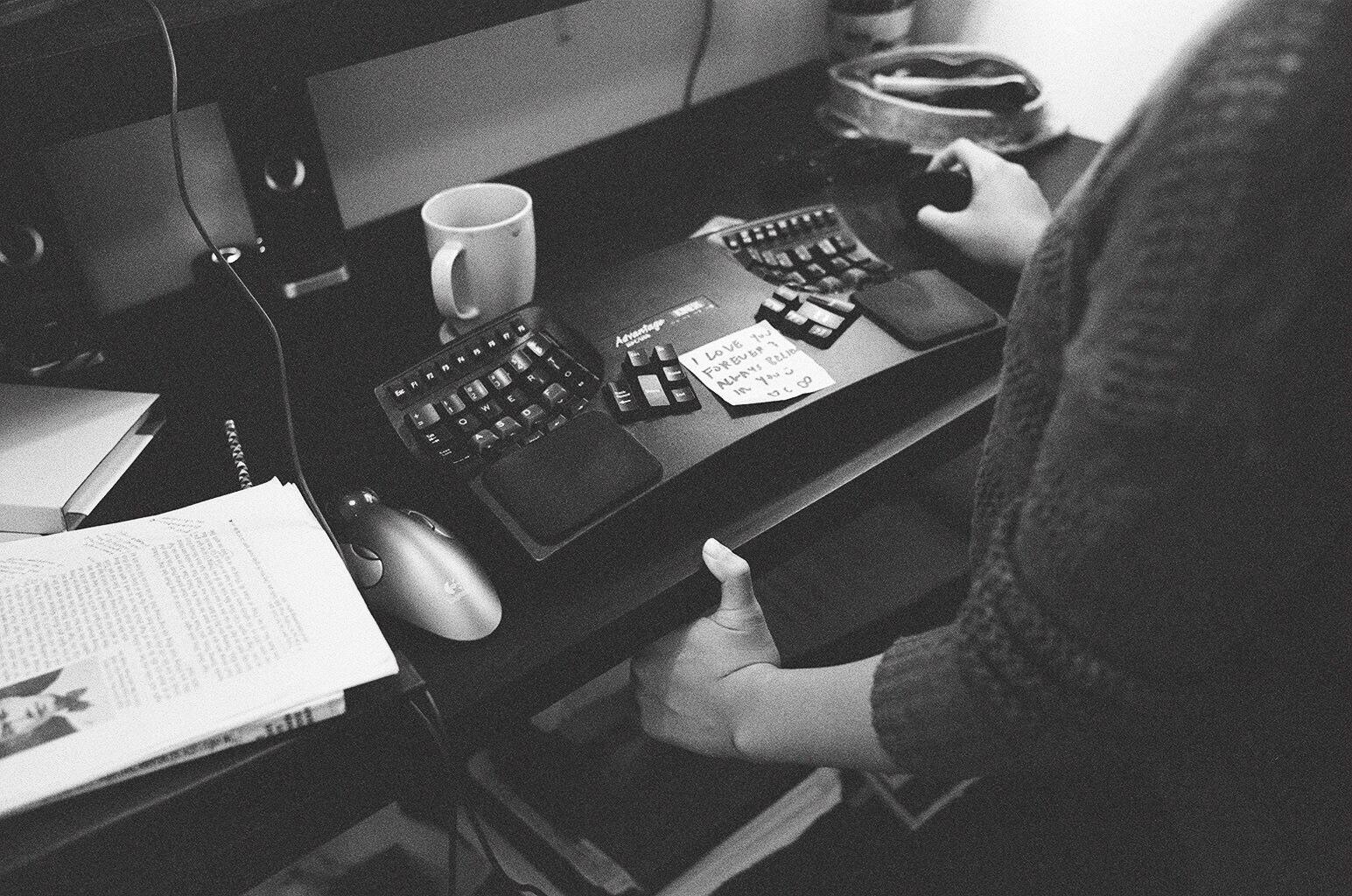 eric kim photography black and white tri x 1600 leica mp 35mm film-1084