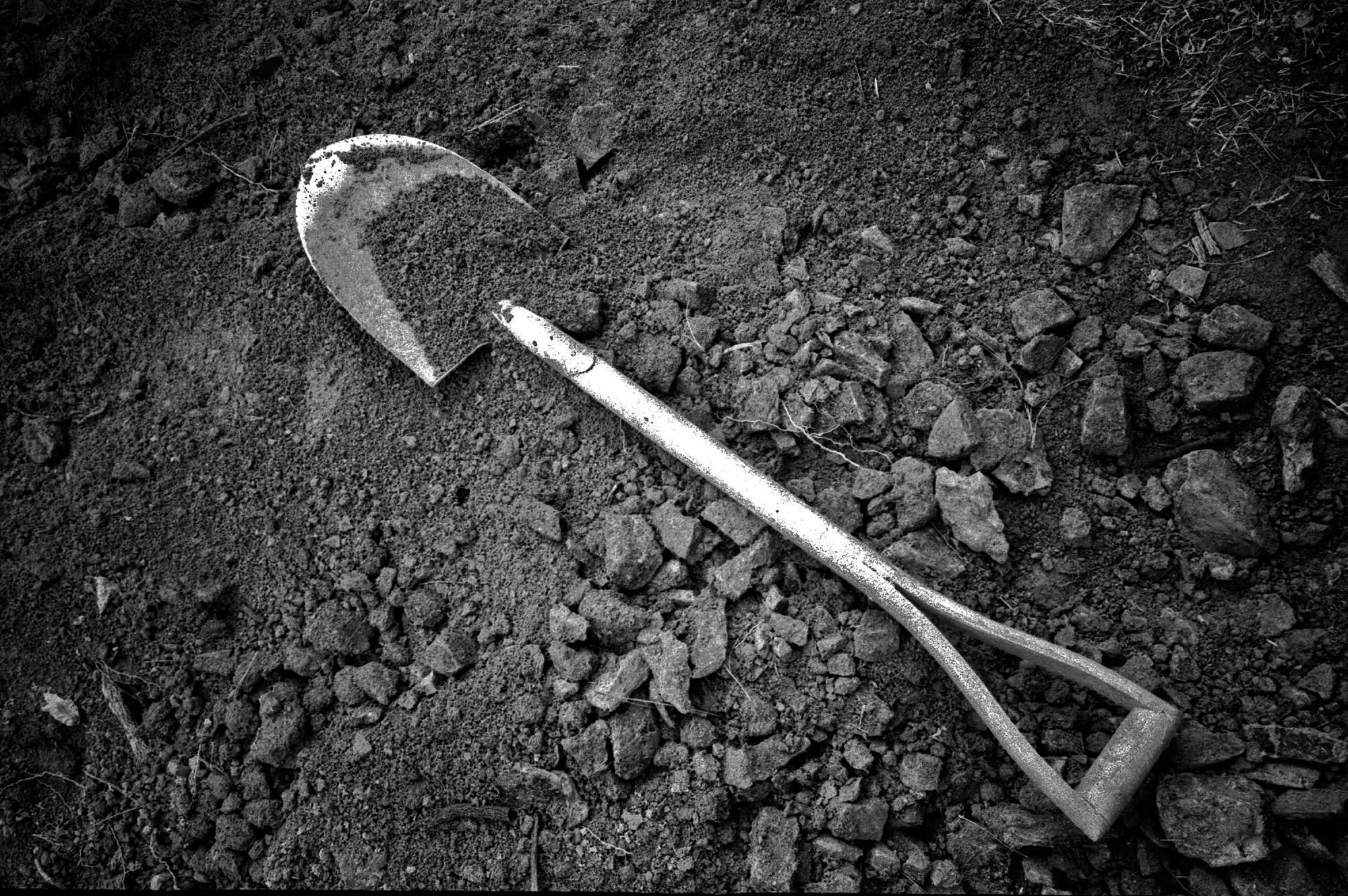 eric kim photography black and white tri x 1600 leica mp 35mm film-15