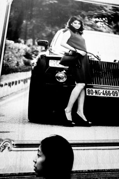 eric kim street photography hanoi - vietnam - ricoh gr ii - cindy-0000112