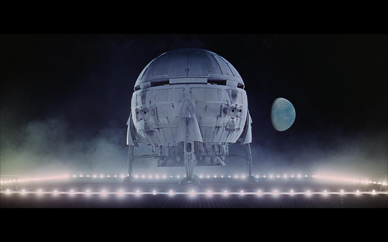 landing spaceship moon-6