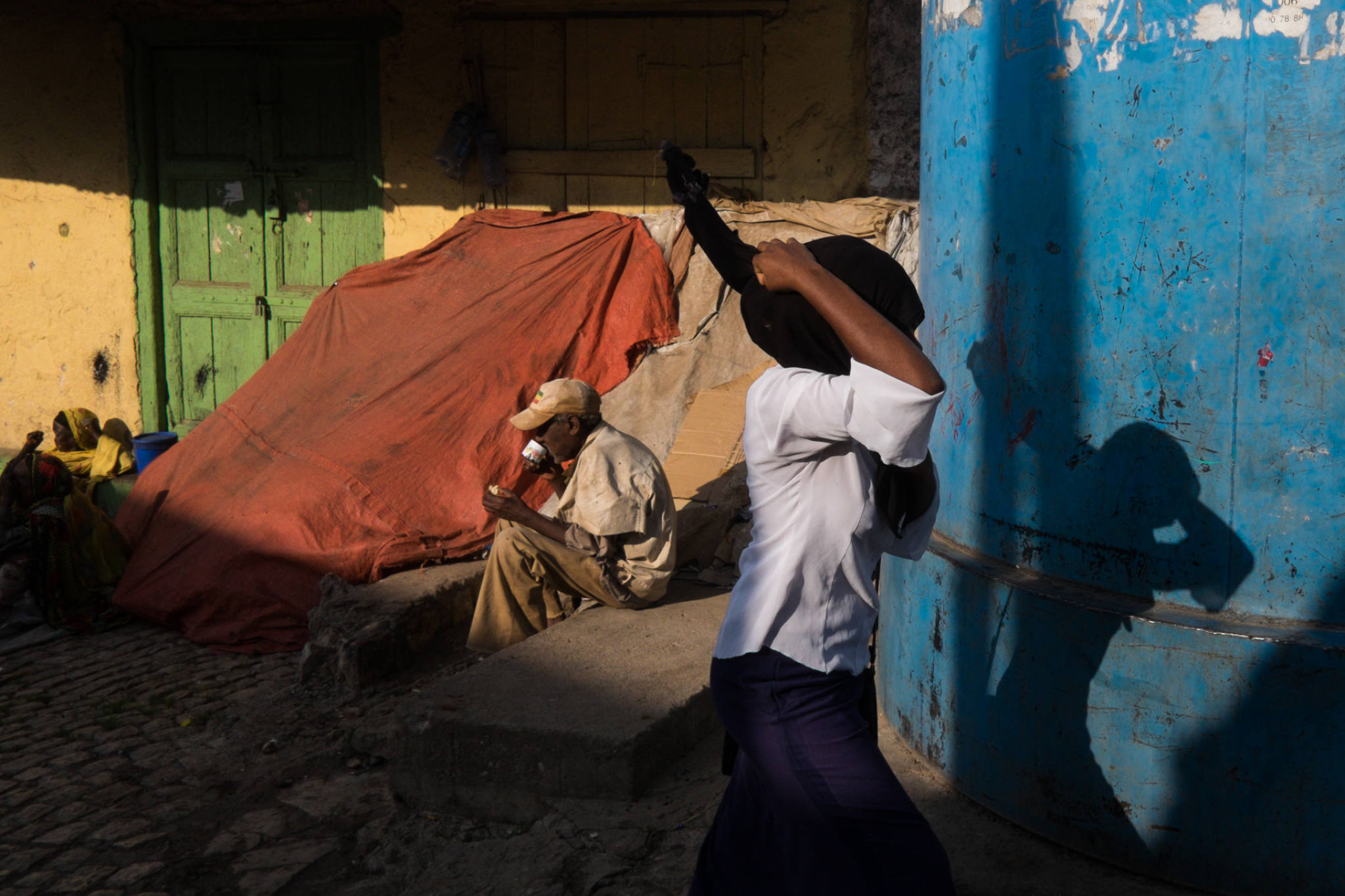 Ethiopia by Yves Vernin street photography color 4