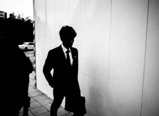 MONOCHROME Street Photography by ERIC KIM Pictures _Page_03