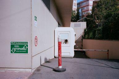 eric kim street photography istanbul - kodak portra 400 film 13
